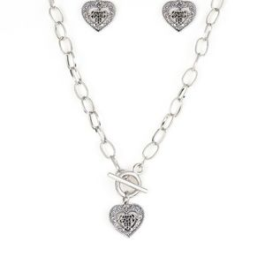 paparazzi Jewelry - Say No AMOUR - Silver Necklace Set